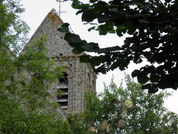 Le clocher de l'église de Saint-Céneri-le-Gerei